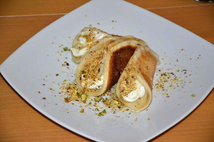 Vous connaissez l'atayef ? Un genre de crêpe libanaise archi-gourmande.