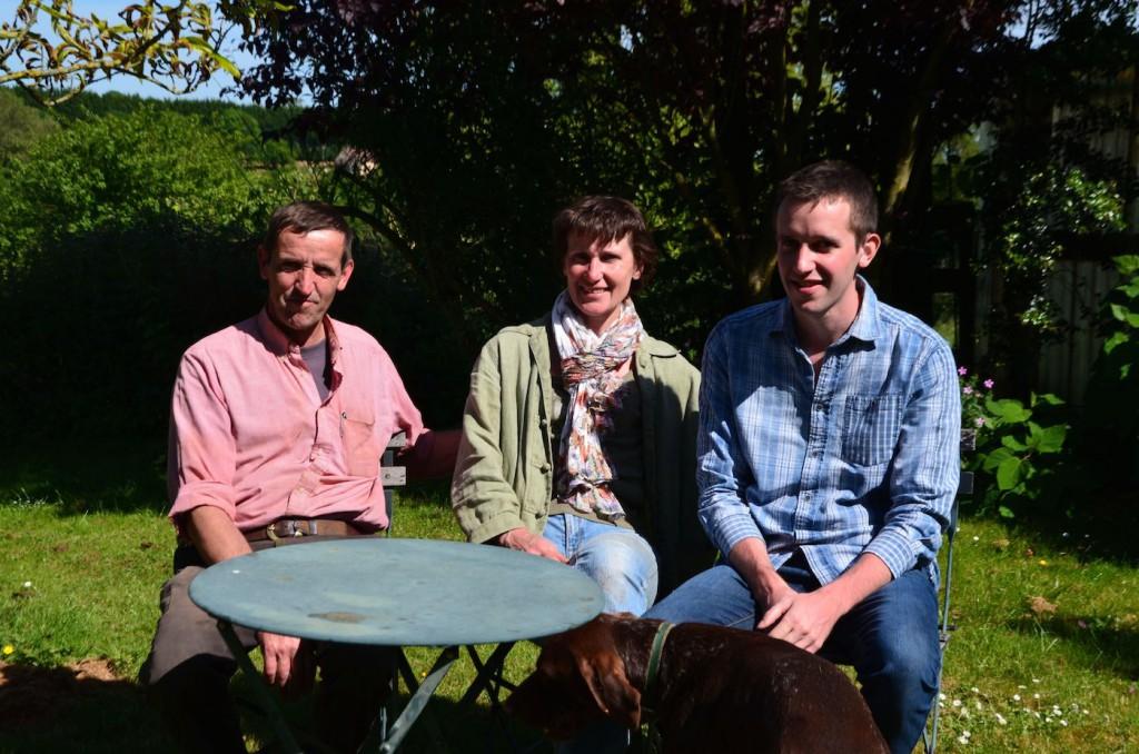 Sylvain, Michèle et leur fils. 26 ans qu'ils ont posé leurs bagages au Moncel.