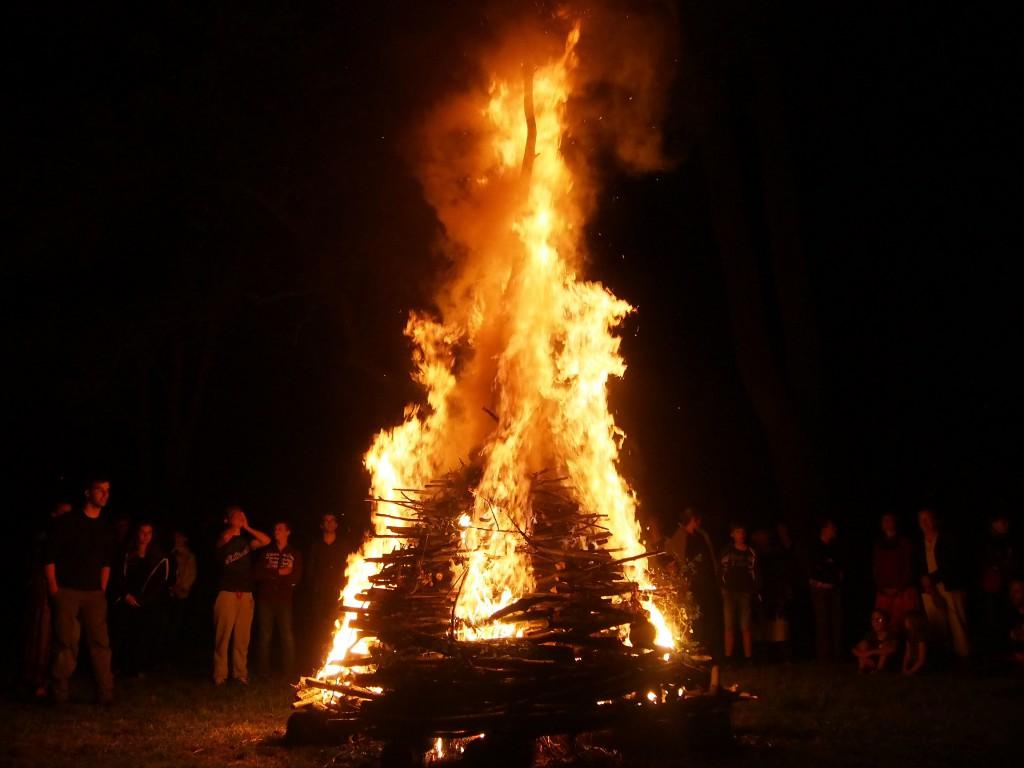 On a failli mettre le feu au ciel.