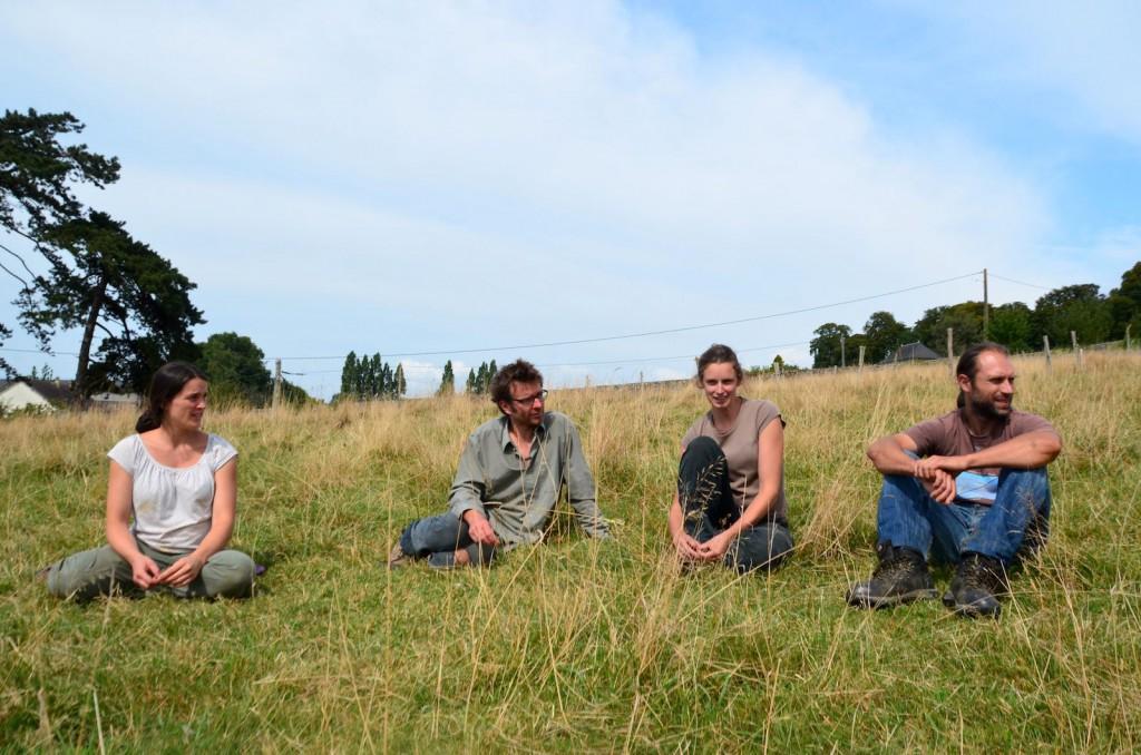 Camille, Emeric, Marie et Kevin : nouveaux paysans heureux.