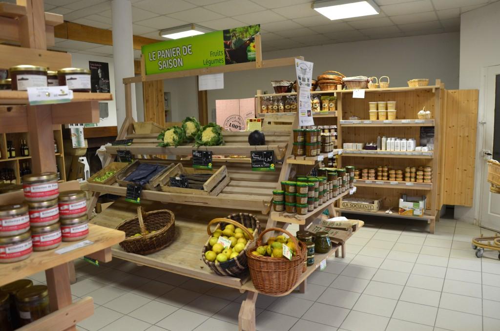 Christophe s'est regroupé avec d'autres agriculteurs de la région pour créer un magasin de producteurs «La Ferme Coutançaise».
