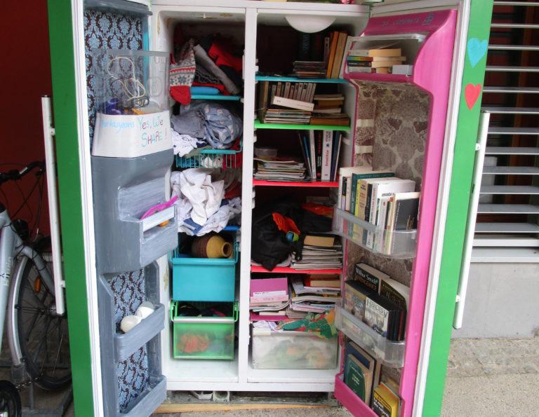 bo tes d 39 changes entre voisins oui le magazine de la ruche qui dit oui. Black Bedroom Furniture Sets. Home Design Ideas