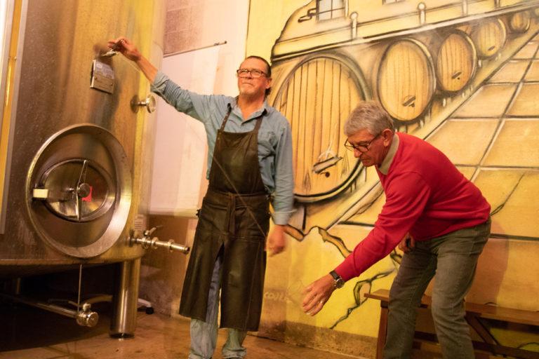 Le Txotx, rituel de la gastronomie basque